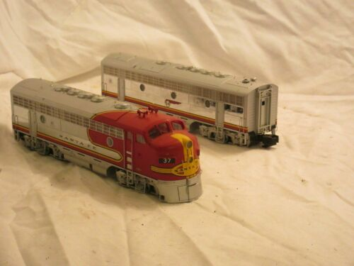 S-Helper Santa Fe S Scale F Type AB Diesel Locomotive Set