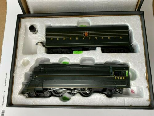 American Models Pennsylvania 3768 S-Gauge Steamlined Steam Locomotive