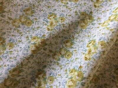 Vintage cotton fabric unused condition 2 metre length pretty floral design soft cotton home furnishings quilting sewing ships worldwide