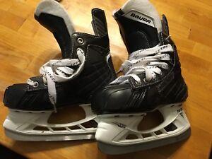 Bauer Nexus Youth Skates Size 2