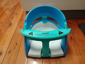 Baby bath seat. Near new, used twice. Belmont Lake Macquarie Area Preview