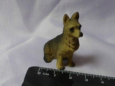 1:12 Scale Resin  Dog d16 Dolls House Miniature Pet Accessory