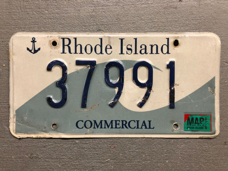 RHODE ISLAND LICENSE PLATE OCEAN STATE WAVE 🌊 ANCHOR 37991 COMMERCIAL