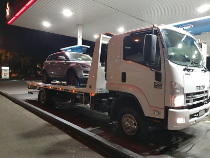 TOWING: Tarneit,Truganina, Hopperscrossing and western suburbs
