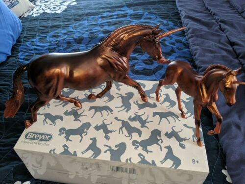 Breyer 712307 Mira and Antares