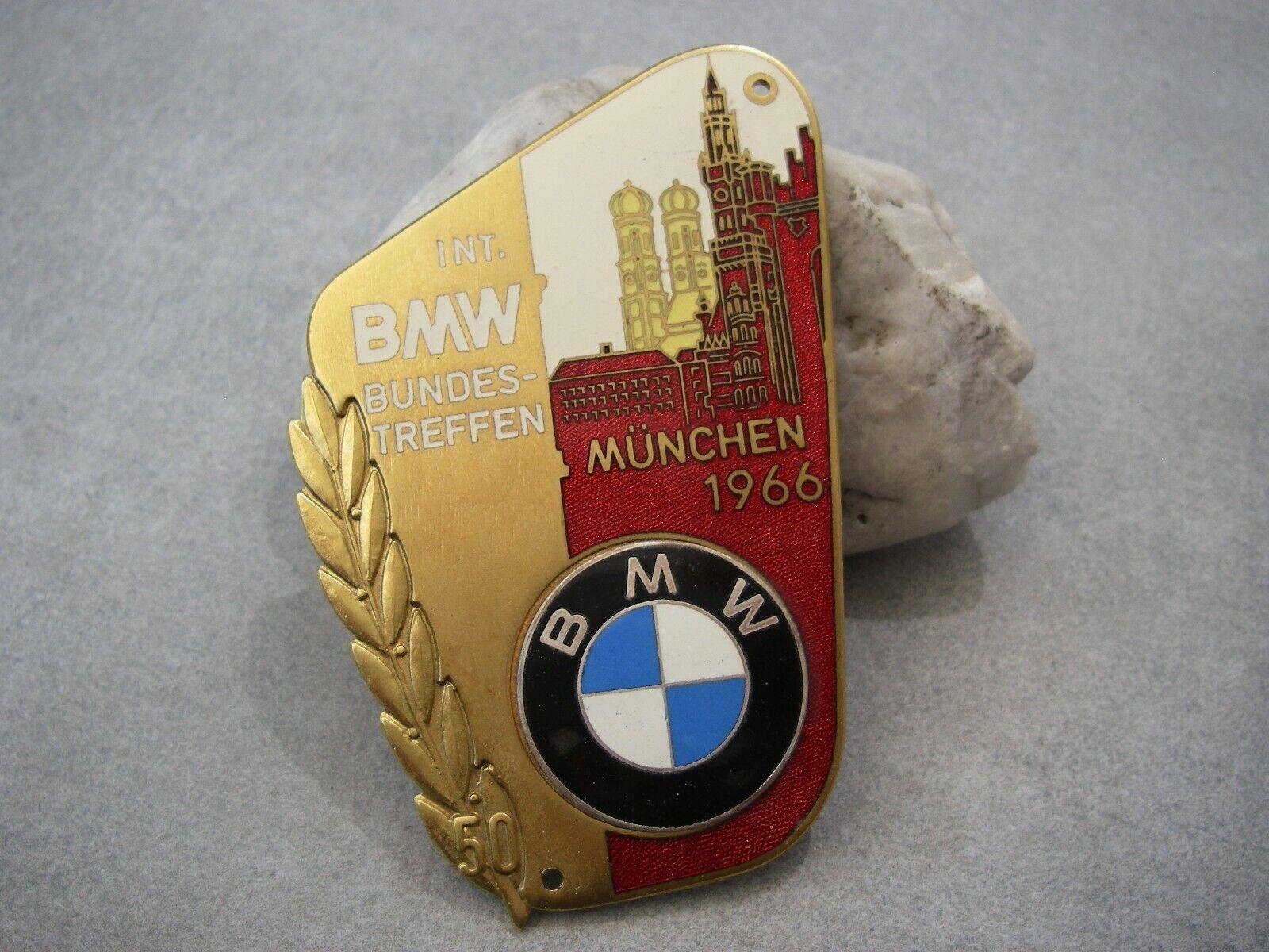 vintage INTERNATIONAL BMW MEETING MUNICH BAVARIA MÜNCHEN 1966 Car Badge Germany
