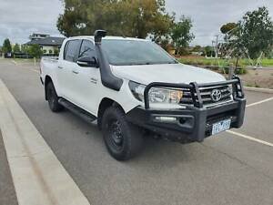 2015 TOYOTA HILUX SR Duel Cab Ute 4X4 AUTO TURBO DIESEL EXTRAS Hoppers Crossing Wyndham Area Preview