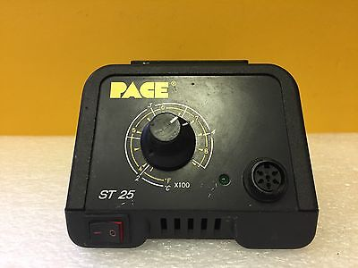 Pace St25 7008-0227-01 115 Vac 5060 Hz 90 W Soldering Station. Tested
