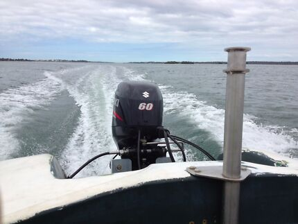Suzuki 60hp 2011 4 Stroke Power Trim with Controls or Tiller Caboolture Caboolture Area Preview