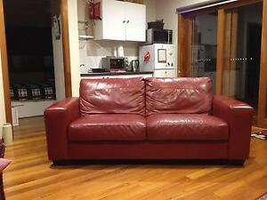 ITALIAN LEATHER COUCH [RED] Phillip Bay Eastern Suburbs Preview