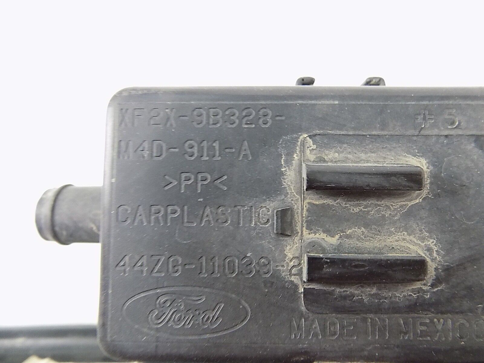 Used Jaguar S Type Fuel Filters For Sale Filter Vapor Charcoal Canister 2r8u9e857ad 42l 2003