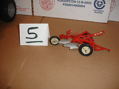 1/16  tru scale 2 bottom plow  for sale  Shipping to Canada