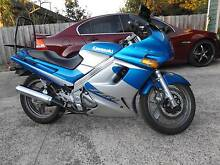 Kawasaki ZZR 250 cc (learner approved) motorbike Kyneton Macedon Ranges Preview