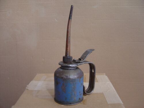 Vintage Eagle Oil Can Thumb Pump