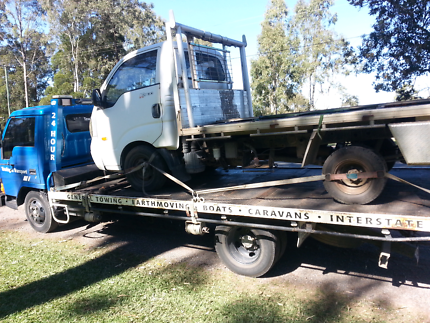 Tow truck tilt tray cheap tows sunshine coast Caloundra Caloundra Area Preview