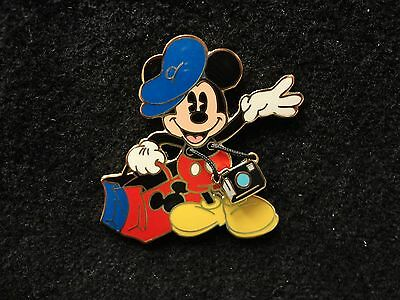 DSF Hollywood Tourist Mickey Mouse Disney Pin LE Disney Soda Fountain Camera