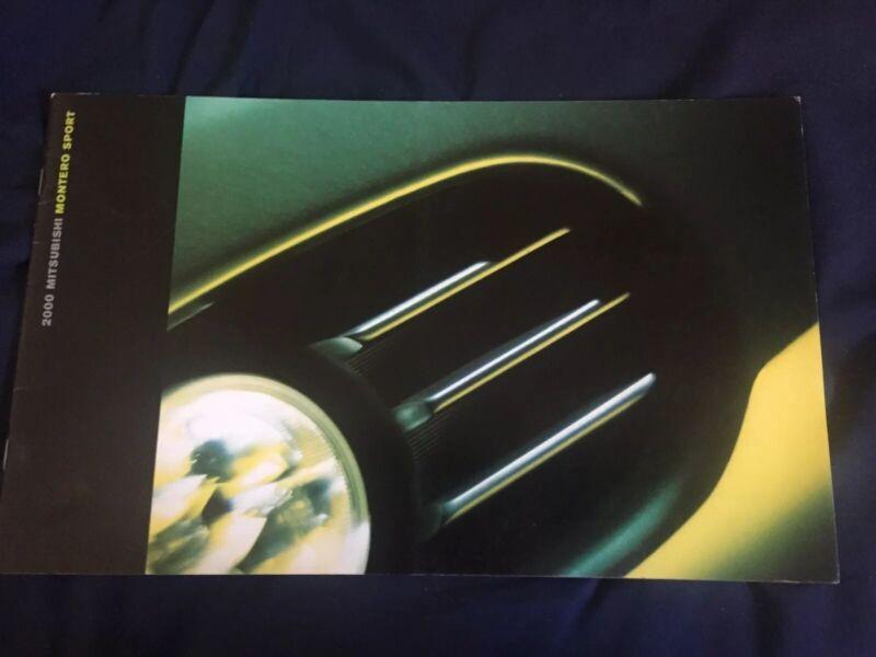 2000 Mitsubishi Montero Sport USA Market Sales Catalog Brochure Prospekt