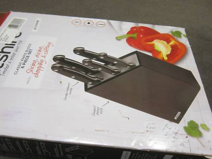 Wiltshire 6 Piece Classic Stainless Steel Knife Block NEW $25