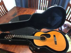 YAMAHA GUITAR WITH HARD CASE FOR SALE Caroline Springs Melton Area Preview