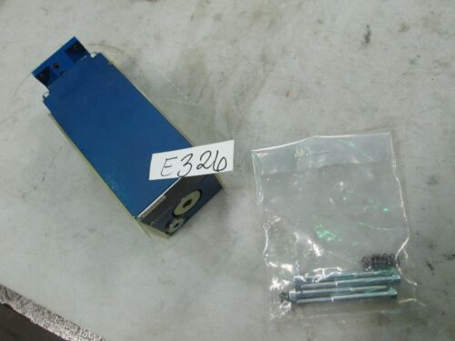 Rexroth Proportional Pressure Reducing Valve #ZDRE-10VP3X-10/250YMG-24 (New)