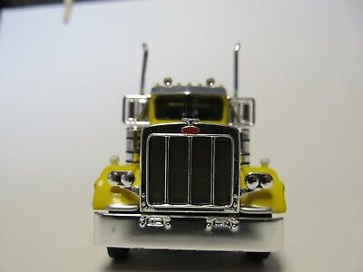 DCP FIRST GEAR 1/64 SCALE 359 PETERBILT SMALL BUNK, YELLOW & BLACK 3