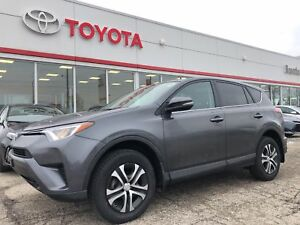2016 Toyota RAV4 Only 19310 Km`s, AWD, LE, Local Trade In