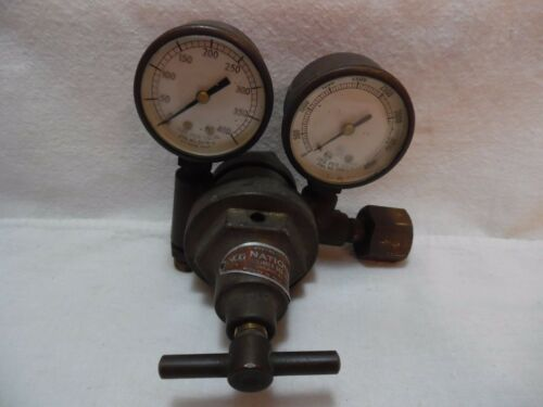 VINTAGE NATIONAL CYLINDER GAS COMPANY OXYGEN GAUGES CHICAGO, ILL. -  FOR DISPLAY