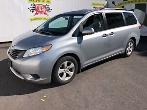 2017 Toyota Sienna 3rd Row Seating, Back up Camera,