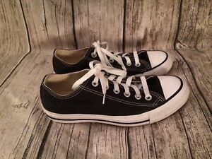 Like New Men's Size 5 Converse Runners