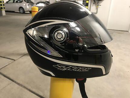 Shark Helmet XL Mirrored Visor Burswood Victoria Park Area Preview