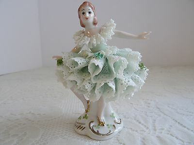 MV IRISH DRESDEN PORCELAIN LACE BALLERINA FIGURINE - IRELAND - MINT