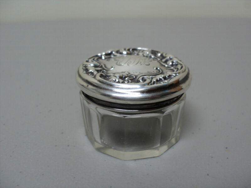MINIATURE CUT CRYSTAL DRESSER / TOILETRIES JAR, WALLACE STERLING SILVER LID