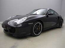 Porsche 996 Turbo WLS*2.HD*U-FREI*S-HEFT*PCCB*TOP