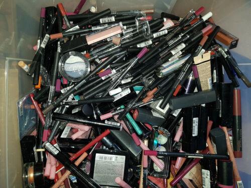 35 Teile Kosmetikpaket Beautypaket XL Essence, Catrice, Manhattan Sleek 2. Wahl