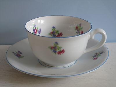Schön! Alte Tasse mit Untertasse Streublumen Shabby Streublümchen Kaffeetasse