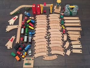 *HUGE* LOT OF WOODEN TRAINS  AND ACCESSORIES - Thomas and Brio