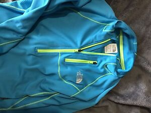Brand new without tags north face women's running jacket