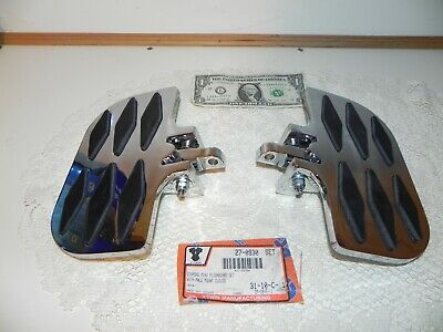 2006 Harley Sportster Motorcycle parts: Diamond Mini floorboard set w male mount