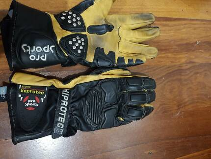 Motorbike gloves Hovea Mundaring Area Preview