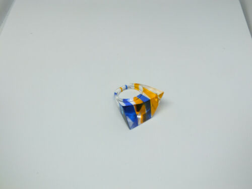 Beautiful Chunky Cocktail Ring Acrylic Plastic Clear Blue Gold Stripe Size 8 1/2