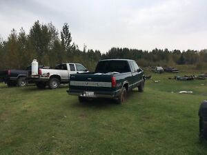 2 1998 4X4 FOR PARTS
