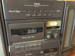 TEAC Phono/Radio/CD player