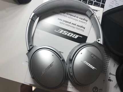 Bose qc35, receipt, box, case, pristine condition