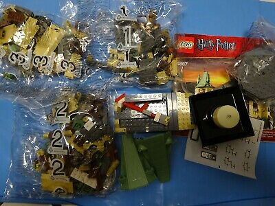 LEGO Harry Potter Hogwarts (4867) complete with instruction manual