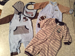 Lots of boys clothes 3-6 months