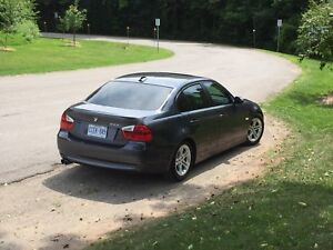2006 BMW 325i. Excellent Condition!