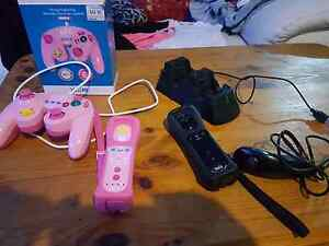 Wii pro plus controllers with smash bros and nunchuck Seaford Morphett Vale Area Preview