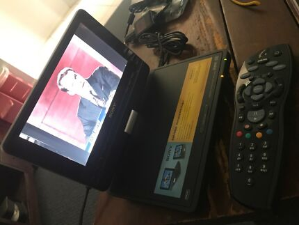 Sony DVD player portable remote and accessories