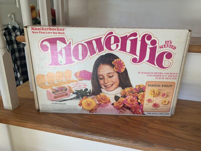 Flowerific#6445 Jewelry Making Kit from Knickerbocker Toys