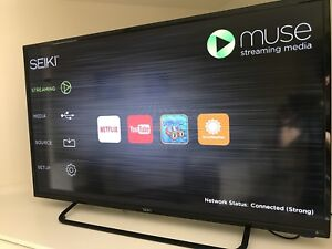 43 inch smart TV with built in Youtube Netflix 1080p